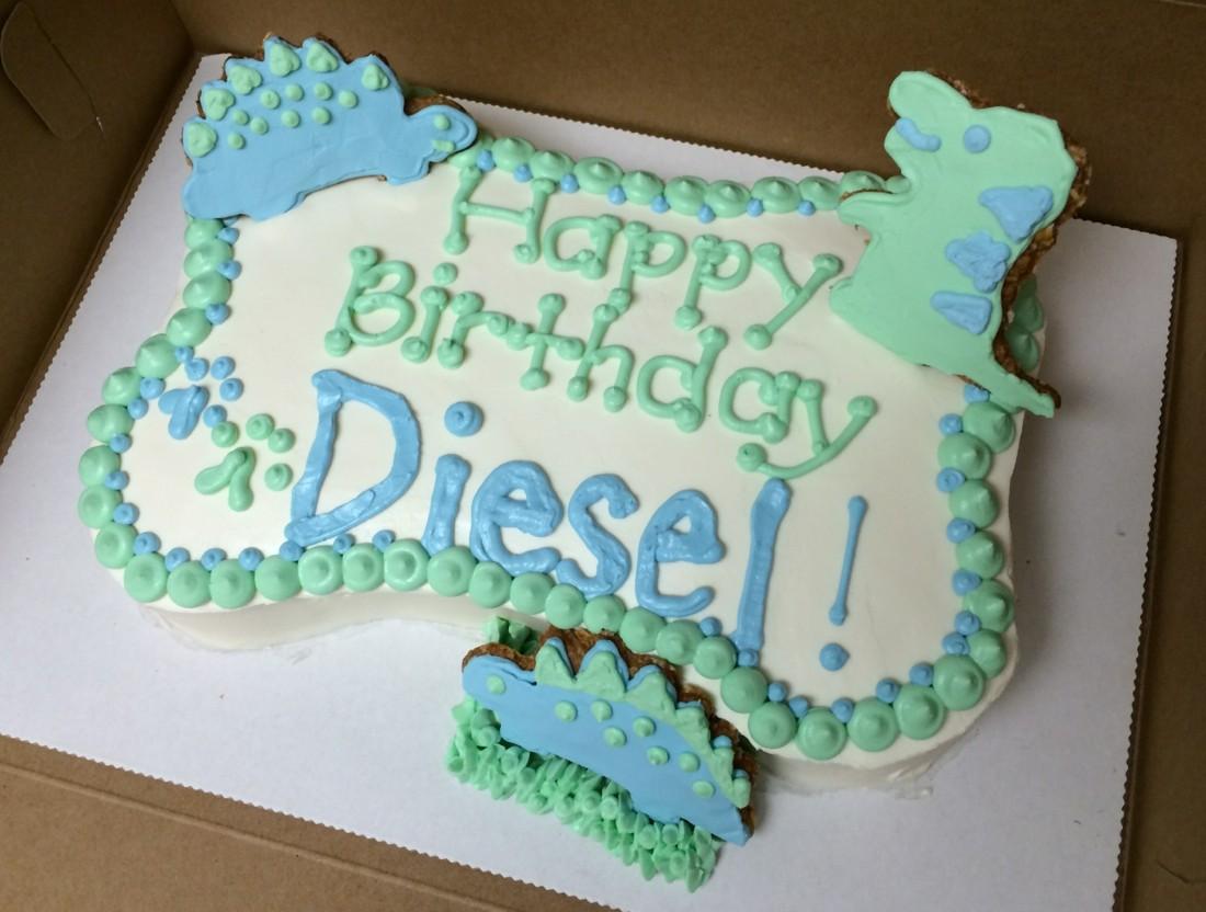 dinosaur doggie cake