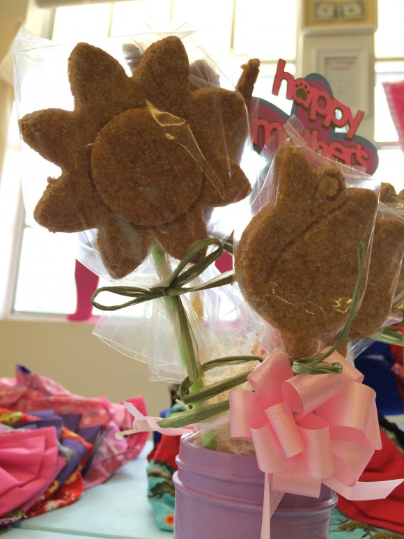 HDB Mothers Day Biscuit Bouquet 2