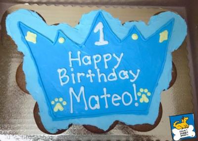 Royalty-theme Cake: Blue